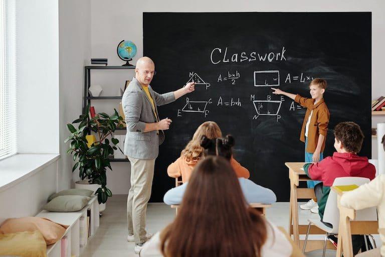 Finest teacher mobile